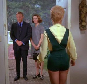 Shirley Jones in Hotpants